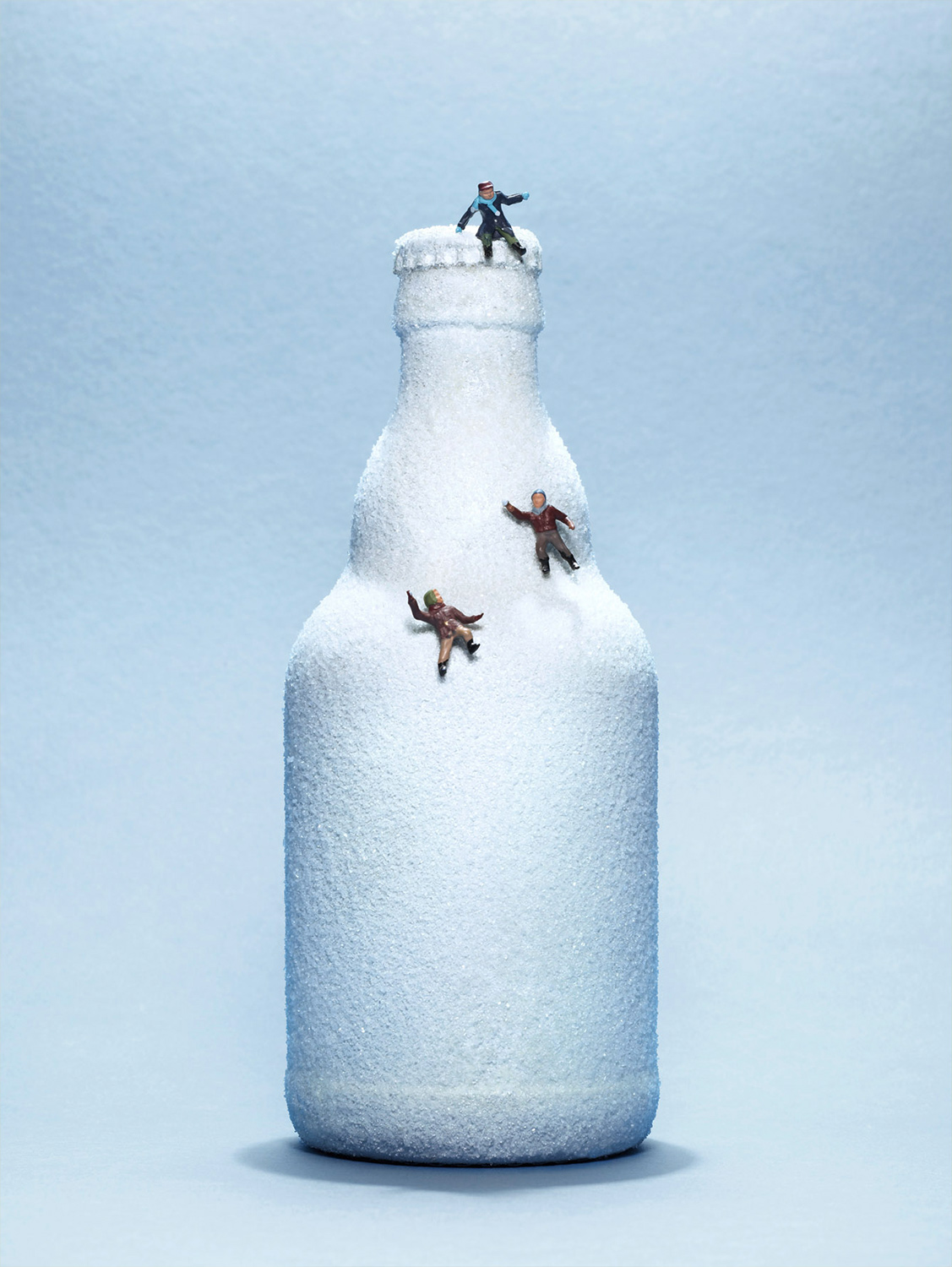 bernd_ebsen_still-life_the_bottle_snow